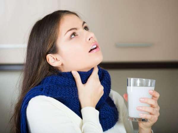 Полоскание горла медом при ангине
