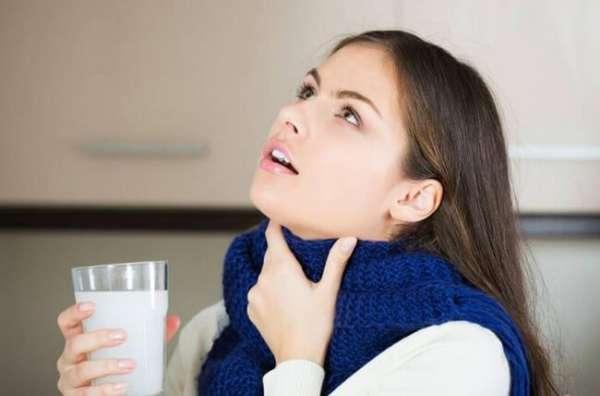 Полоскание горла при тонзиллите в домашних условиях